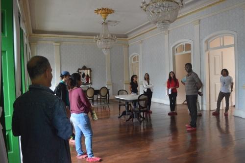 Explanação prof. Helio Coelho sobre a antiga sede da camara de vereadores de Campos